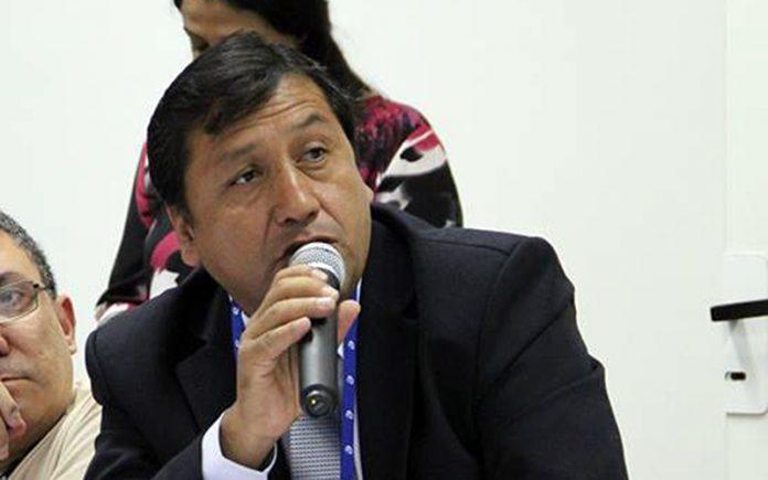 Alfredo Velásquez - Ideeleradio
